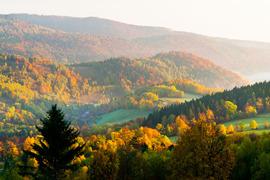 Widok z Przełęczy nad Porębą
