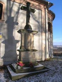 Figura ukrzyżowania koło kaplicy św. Floriana na Górze Parkowej w Bystrzycy Kłodzkiej