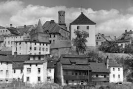 Panorama miasta z ul. Kolejowej, w tle Wójtostwo i wieża Ratusza, fot. Tadeusz Scelina (ok. 1950 r.)