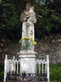 Pomnik św. Antoniego w Nowym Waliszowie